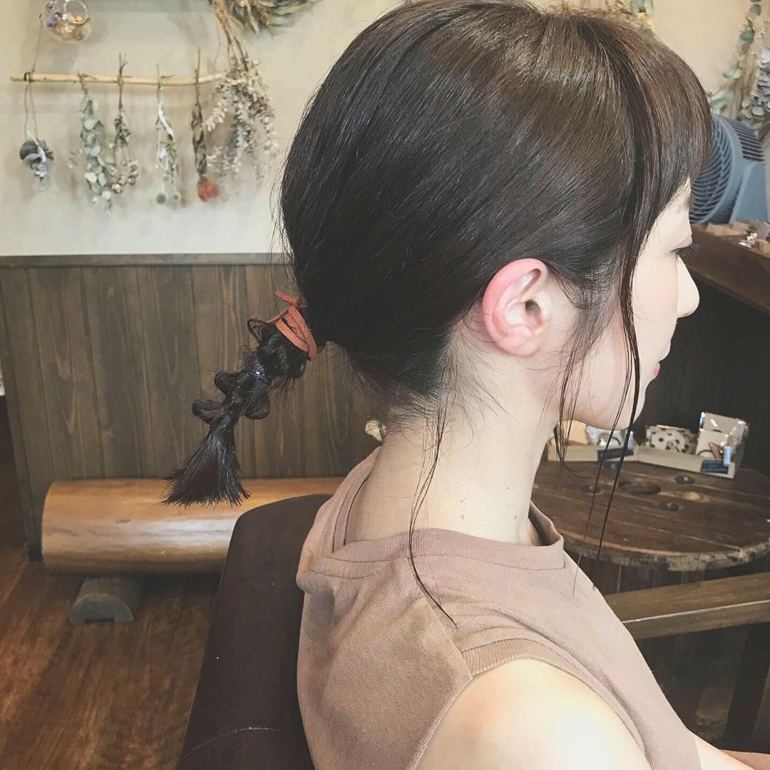 2019年夏のトレンド!サンドカラーのアイテムに合うヘアアレンジ4
