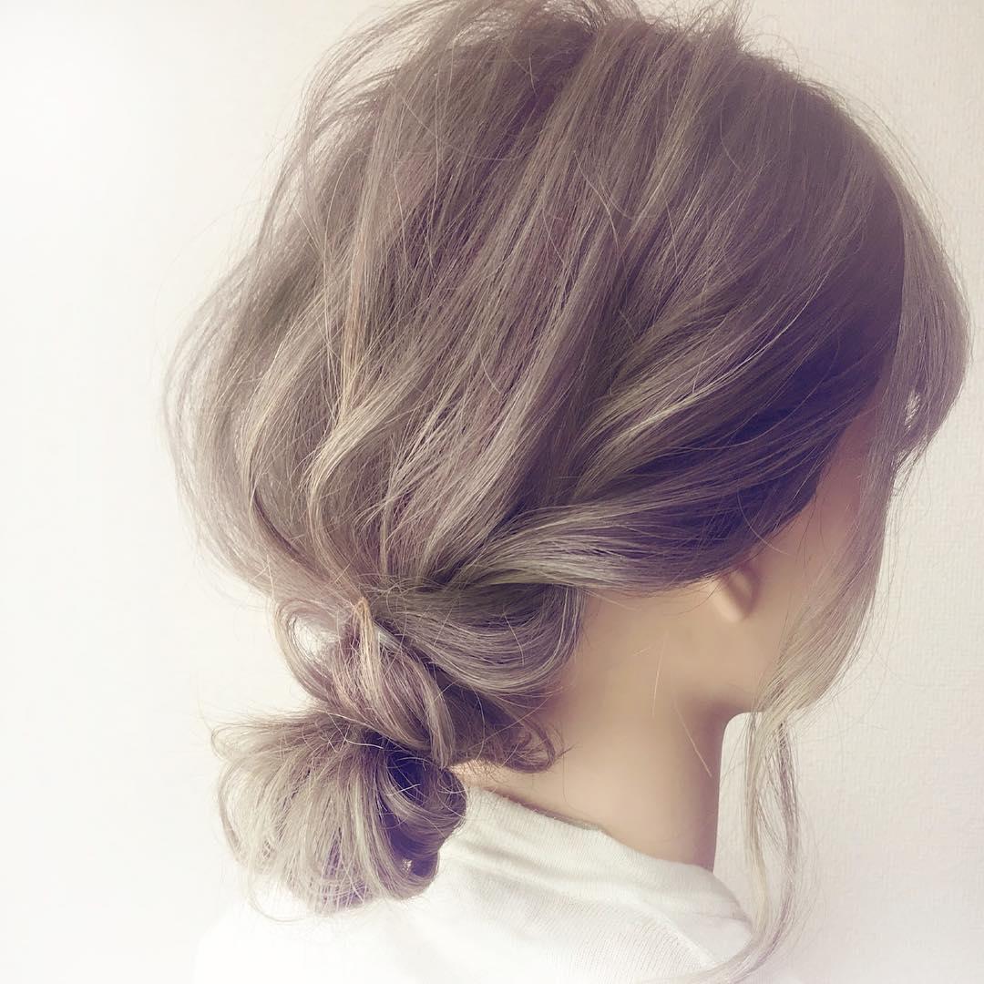 自分で髪が巻けない女子必見☆コテ要らずのゆるふわヘアアレンジ 簡単まとめ髪
