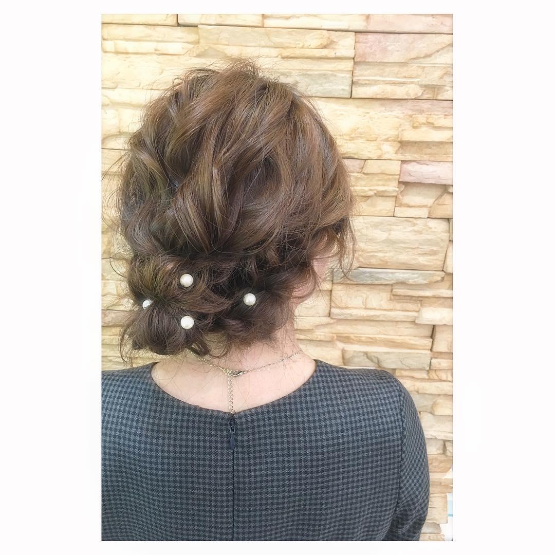 キラキラパールが冬っぽくてカワイイ♡パールのヘアアクセに似合うヘアアレンジ1