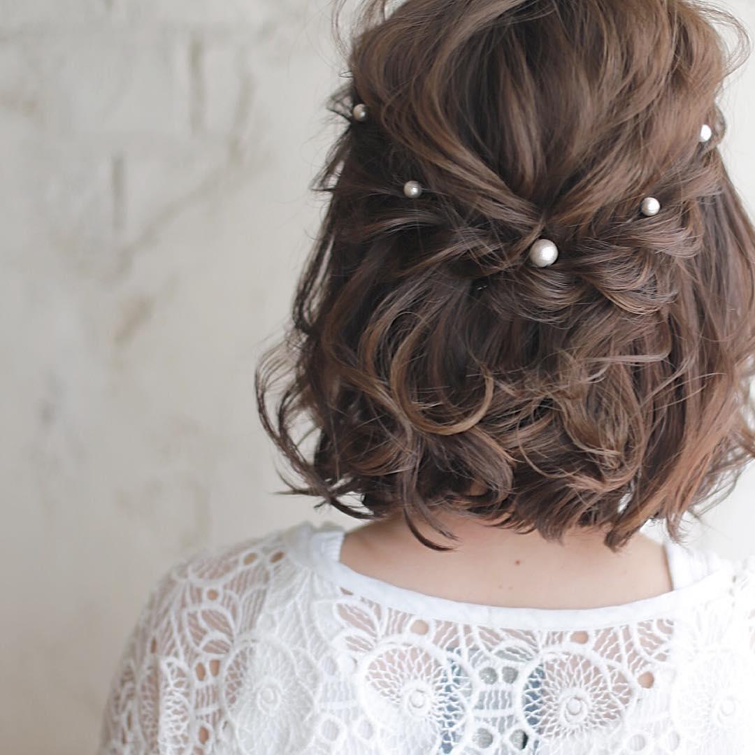 キラキラパールが冬っぽくてカワイイ♡パールのヘアアクセに似合うヘアアレンジ2