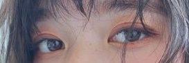 太眉の流行り到来!!しっかり眉の魅力を引き出すオシャレヘアアレンジ♪4top