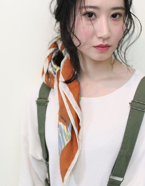 春の必須アイテム*スカーフを使ったヘアアレンジ