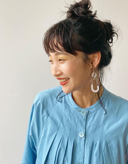 今年の秋注目カラー「マスタード」アイシャドウに似合うヘアスタイル☆