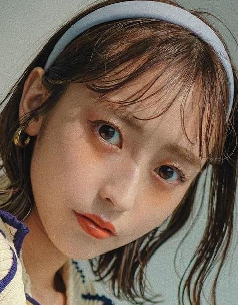 好印象!SNSの自撮りアイコンはこのヘアアレンジで決まり!