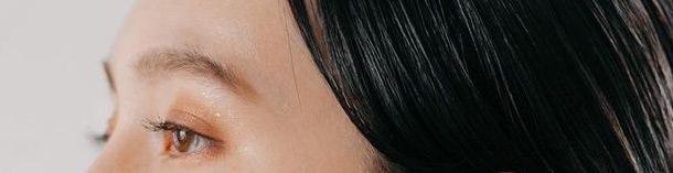 今年大注目の「色素薄い系メイク」にピッタリなヘアアレンジとは4メイクポイント
