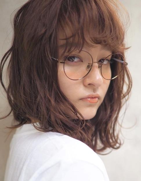 大人のモテ顔「血色メイク」に合うヘアスタイル特集