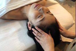 ヘッドマッサージ+骨盤調整 or お首の調整【施術時間30分】