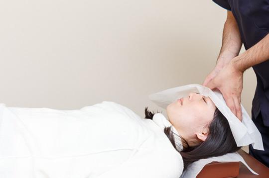 頭蓋骨頭痛調整+全身バランス調整【施術時間40分】