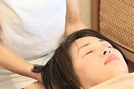 ヘッドマッサージ+アロママッサージ【施術時間60分】