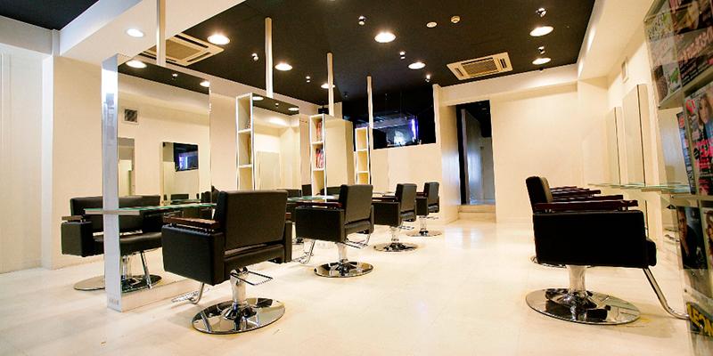 Hair Resort L'avenir(ヘアリゾート ラヴィニール)