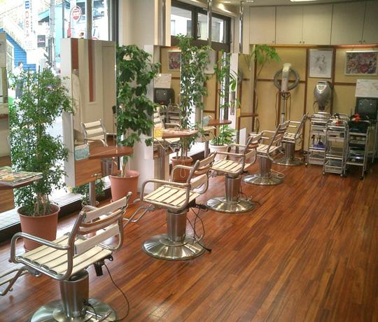 ソワール美容室 生田店